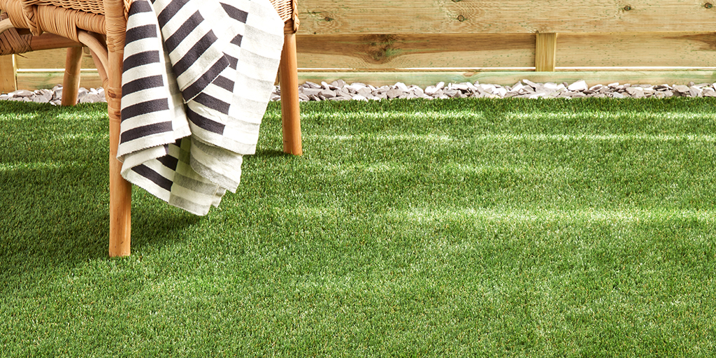 Essential_Artificial_Grass_Madrid_1 1024 x 512px